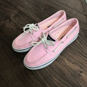 💕 pink sperry's boat shoes! super cute!!! 💕